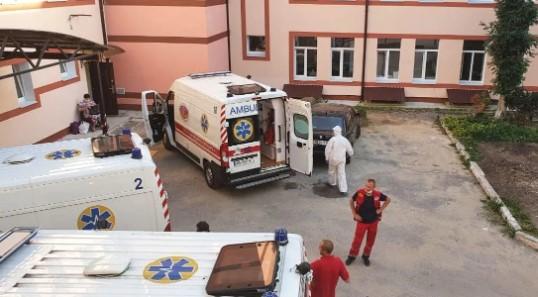 В Украине зафиксирована критическая ситуация с больными коронавирусом: фото и видео фото 3