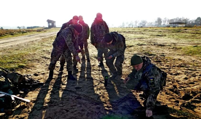 В ВСУ призовут 350 выпускников военных кафедр. Бригада Вооруженных сил начала обучения по стандартам НАТО (ФОТО) фото 1