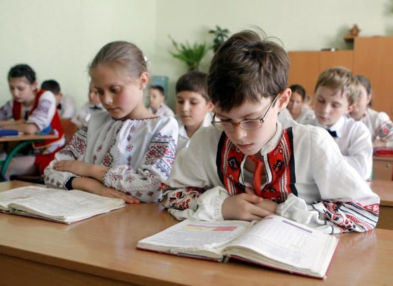 В Турции русский язык вводят в программу обучения, а в Украине «оптимизируют» русскоязычные школы фото 2